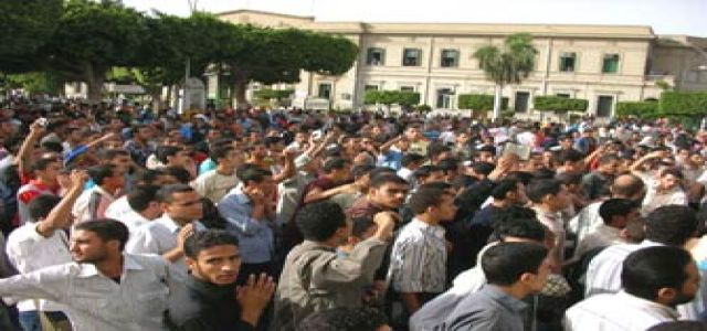 6 Social Service Students, Families Stage Open Sit-in Before Egyptian House