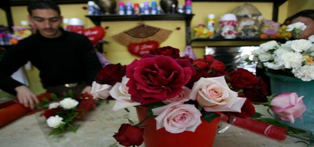 No Valentine break for Gaza flower producers