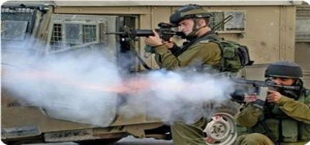 IOF troops shoot resistance activists, leave them bleed to death