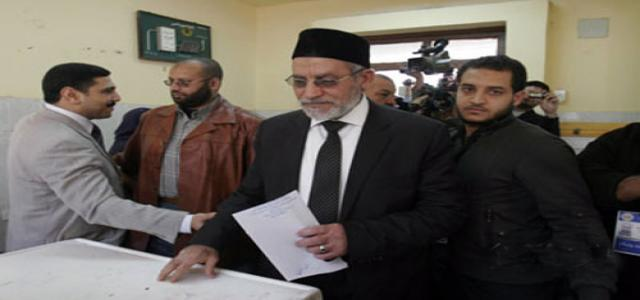 After Casting his Vote, Badie Praises Free Elections, Calls on Egypt to Confront Sedition Efforts
