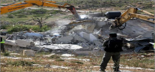 Israeli forces destroy 4 Jerusalem homes amid confrontations with locals