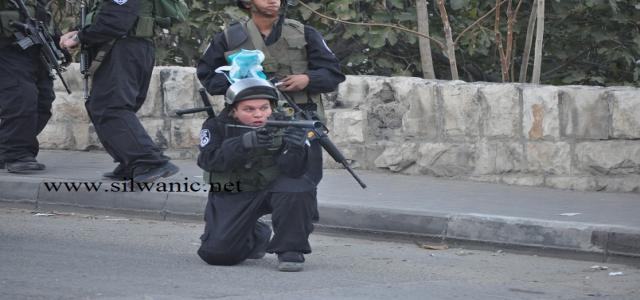 Night clashes in Silwan, two teens detained in Al-Khalil