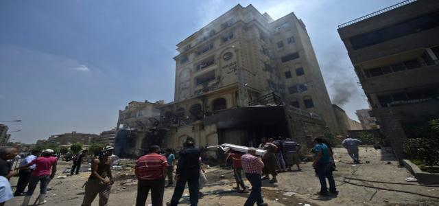 Muslim Brotherhood Headquarters Ransacked, Looted and Torched Amid Security Lapse