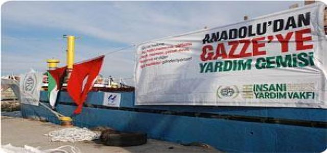 Activists delay for 24 hours unloading Israeli ship at San Francisco port
