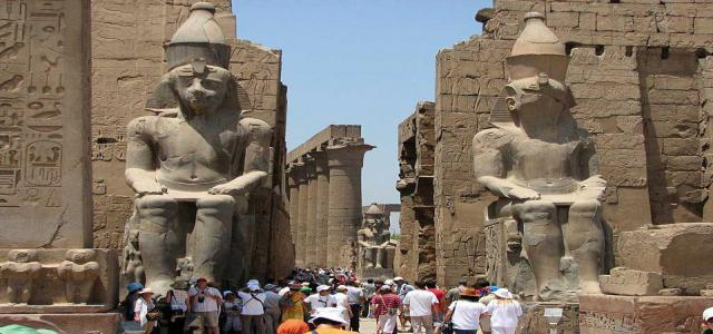 Egyptian Ministry of Tourism Seeks to Assure and Attract Tourists with Novel Initiatives
