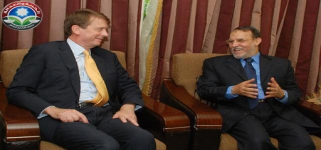 Freedom and Justice Party Receives Britain's Ambassador in Cairo