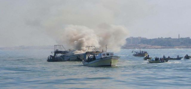 Palestinian fisherman dies after Egyptian battle cruiser hits his boat